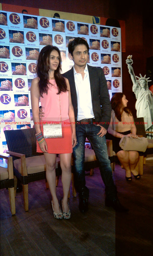 11sep zafar rao launch25 Ali Zafar and Aditi Rao at London Paris New York Launch