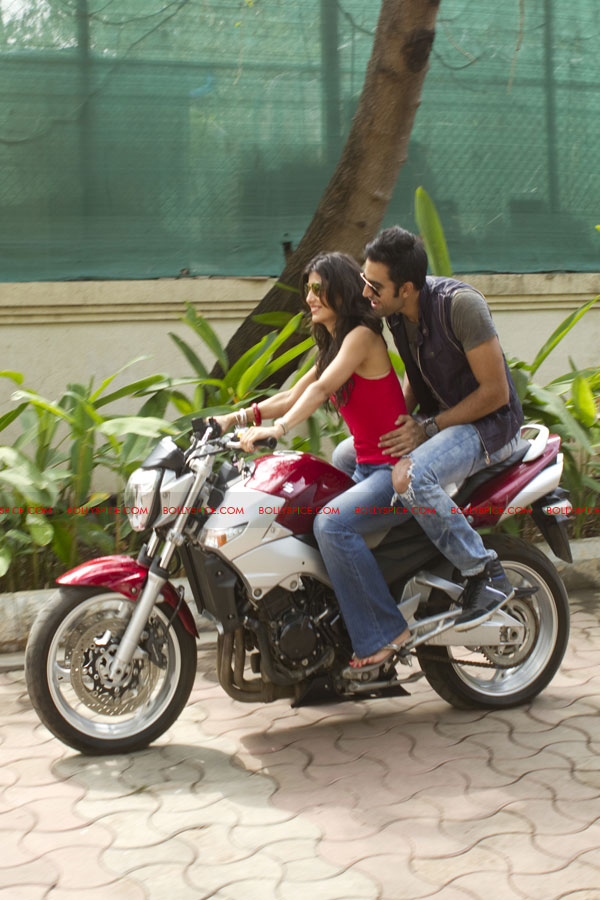11oct MFK dhoombike Dhoom bike makes a comeback in Mujhse Fraaandship Karoge