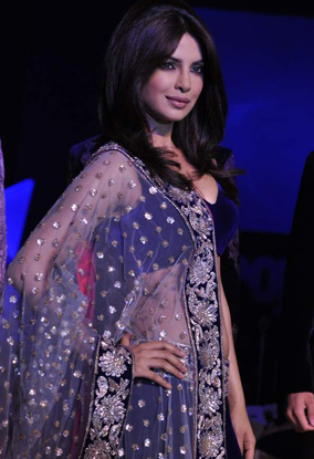11oct Priyanka peoplemag Priyanka Chopra the fashionista!
