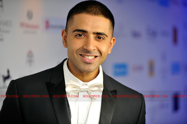 11oct asianawards 08 Akshay Kumar, Asha Bhosle and Jay Sean and many others honored at the Asian Awards
