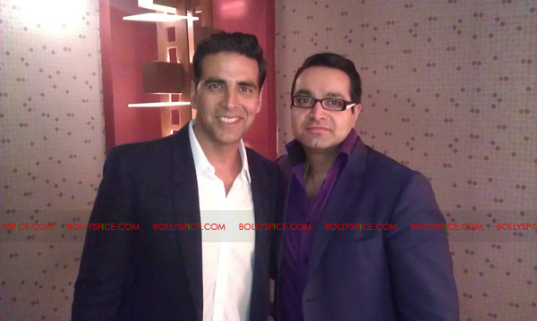 11oct asianawards 10 Akshay Kumar, Asha Bhosle and Jay Sean and many others honored at the Asian Awards