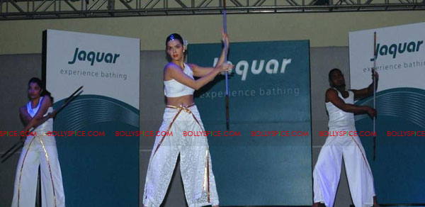 11oct jaquar event02 Neha Dhupia & Isha Sharvani at Jaquar J class event