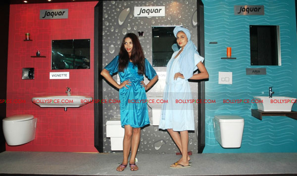 11oct jaquar event05 Neha Dhupia & Isha Sharvani at Jaquar J class event