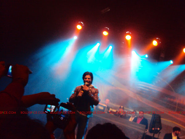 11oct ra1 afterparty011 Chasing G.One – Ra.One Toronto Premiere Fan Diary