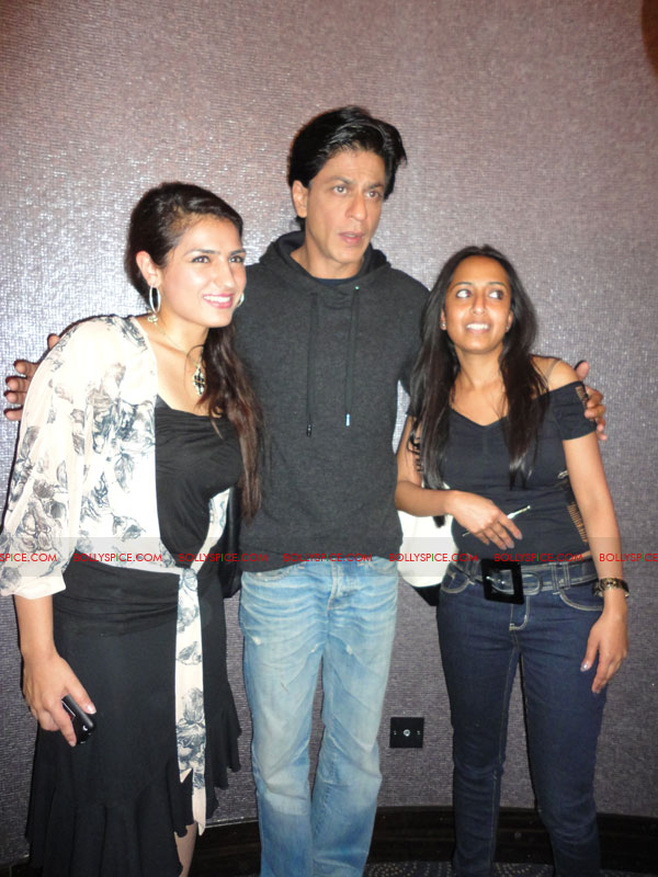 11oct ra1 london01 Exclusive Report: SRKs Ra.One London Afternoon