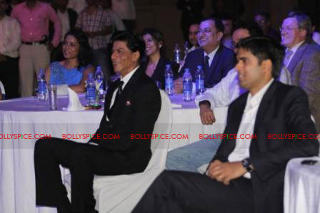 11oct raone vw11 Ra.One Volkswagen Phaeton event with Shah Rukh and Gauri Khan