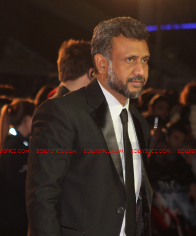 11oct raonetoronto anubhav Exclusive Report: Ra.Ones London Red Carpet Premiere