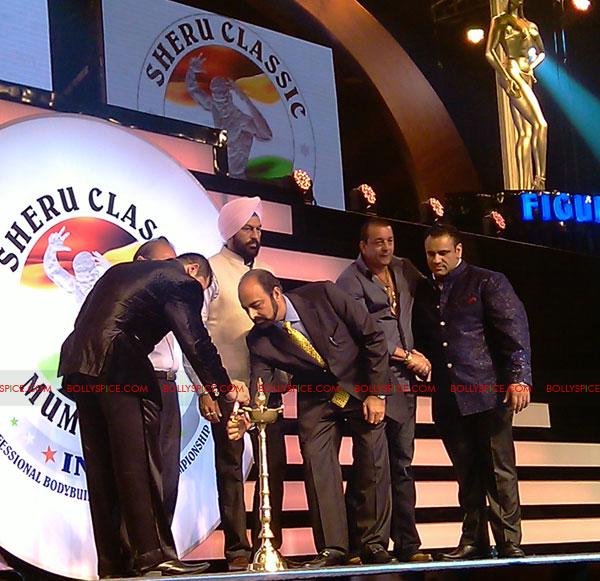 11oct sheraclassic05 Amitabh Bachchan, Sanjay Dutt and Rana at Sheru Classic 2011