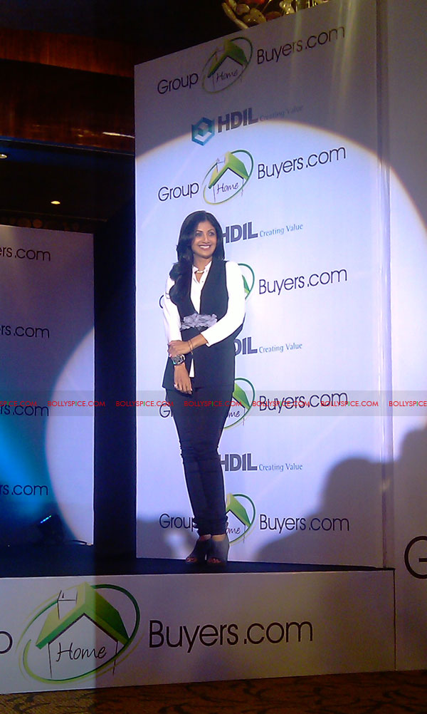 11oct shilpa shetty HBG05 Exclusive! Shilpa Shetty launches her real estate ecommerce venture