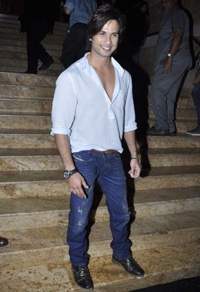 11oct whwn peoplemagbestdressed03 Whos Hot Whos Not – People Magazine's edition of India's Best Dressed