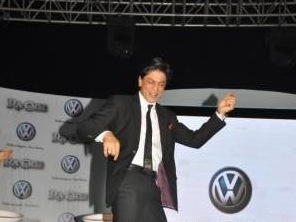 Srk Chammak Challoing Volkswagen Ra.One Volkswagen Phaeton event with Shah Rukh and Gauri Khan