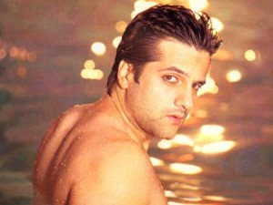 fardeenkhan008 300x225 Fardeen Khan charged with attempting to buy cocaine
