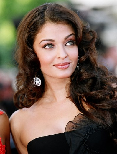 11nov aish statement Joint Statement from Aishwarya Rai Bachchans Publicist and Seven Hills Hospital Exclusive!