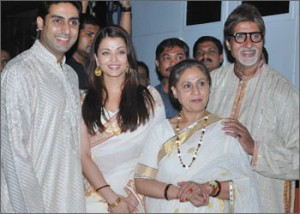 11nov bachchan03 300x214 Bollywood showers their best wishes for Baby B