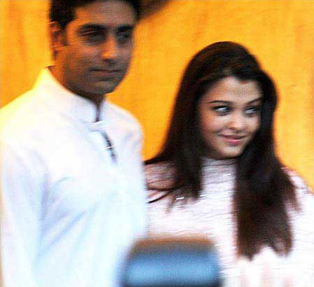 11nov betiB 1stpics051 Abhishek Bachchan: I hope Beti B realizes the joy she has brought with her