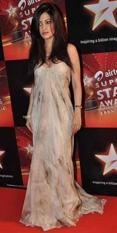 11nov hot or not12 Whos Hot Whos Not   Airtel Super Star Awards