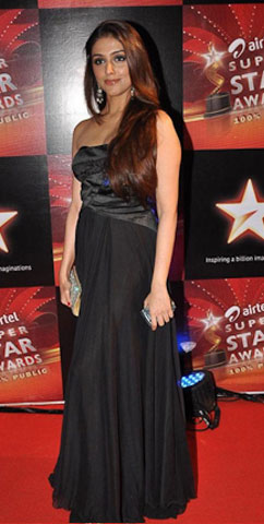11nov hot or not14 Whos Hot Whos Not   Airtel Super Star Awards