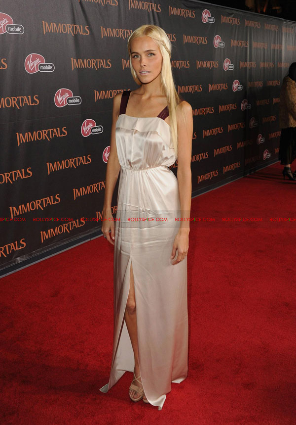 11nov immortalsredcarpet 17 Red Carpet Photos from the Immortals World Premiere