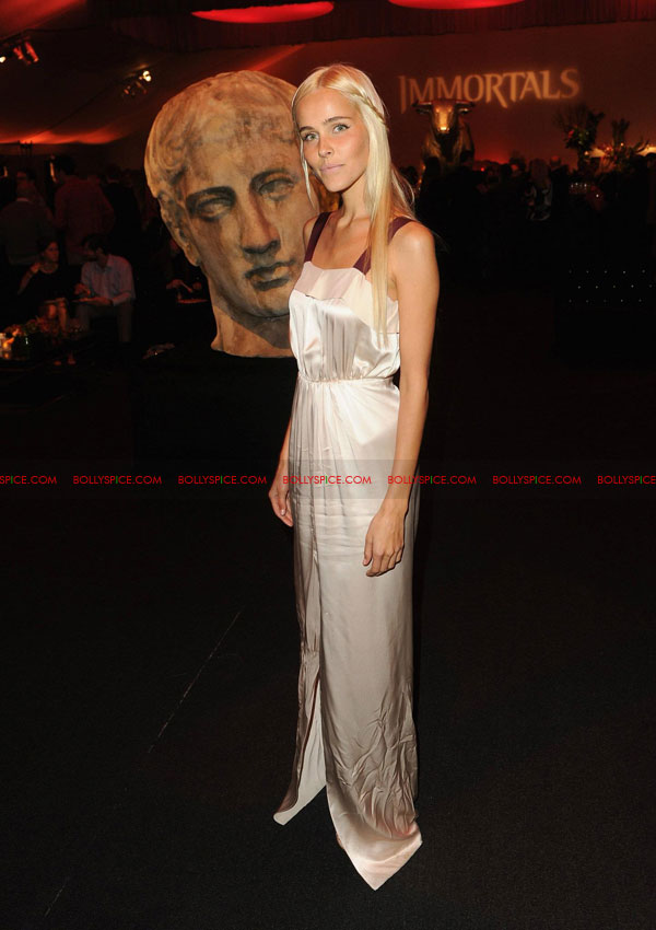 11nov immortalsredcarpet 18 Red Carpet Photos from the Immortals World Premiere