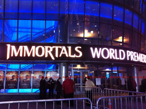11nov immortalsredcarpet 33 Red Carpet Photos from the Immortals World Premiere