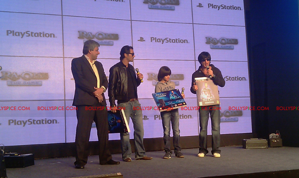 11nov raonegamelaunch 12 Ra.One game launch