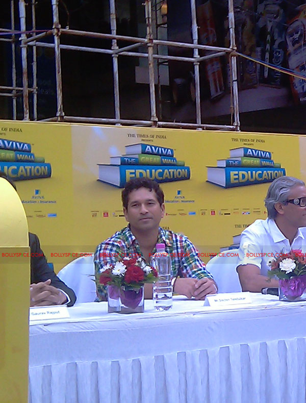 "11nov tendulkarevent07 Sachin Tendulkar at ""Aviva Great Wall Of Education"" Event"