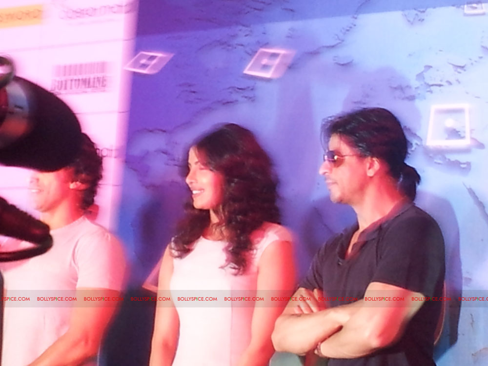 11dec don2 gamelaunch08 Shah Rukh Khan Launches the Cool Don 2 Board Game