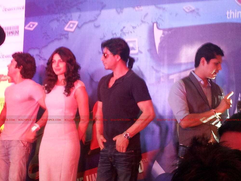 11dec don2 gamelaunch09 Shah Rukh Khan Launches the Cool Don 2 Board Game