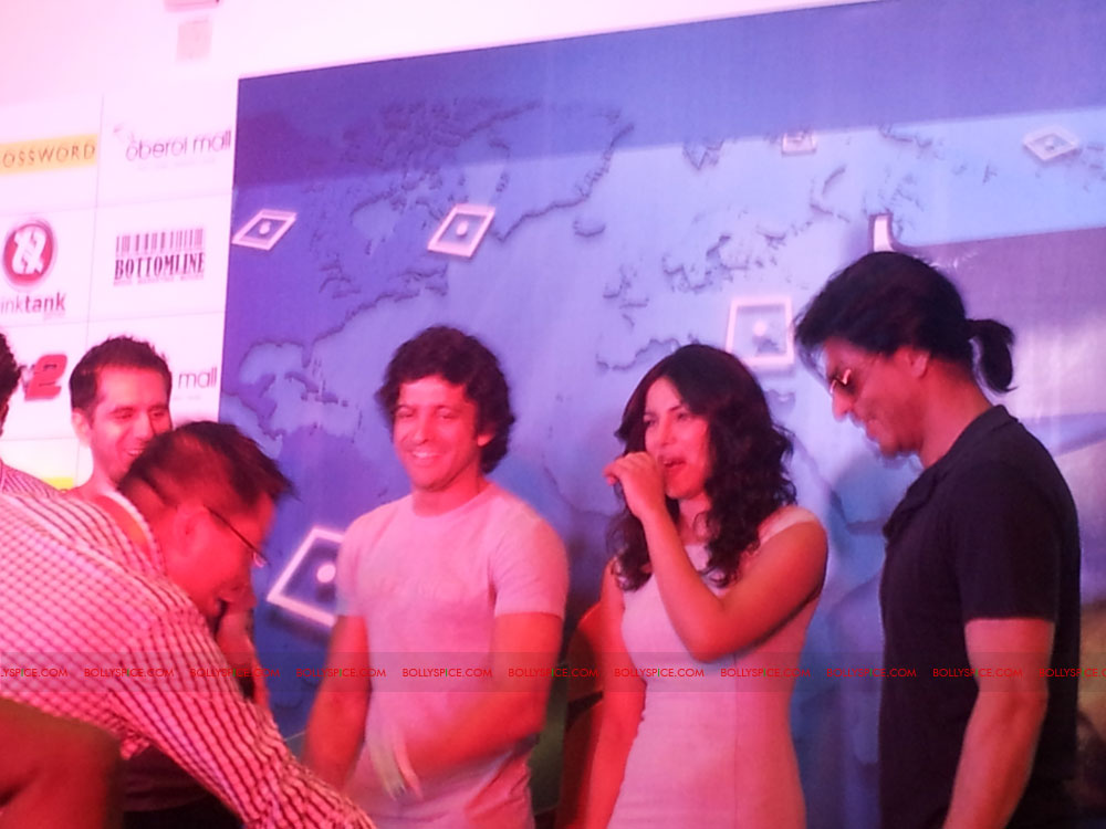 11dec don2 gamelaunch14 Shah Rukh Khan Launches the Cool Don 2 Board Game