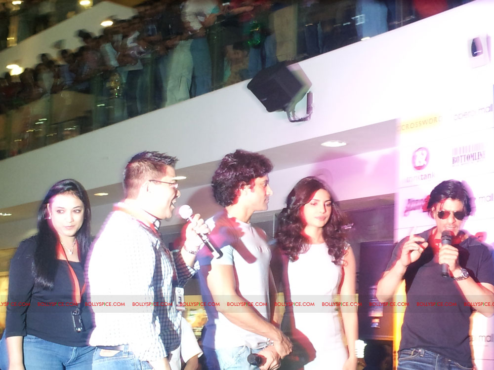 11dec don2 gamelaunch19 Shah Rukh Khan Launches the Cool Don 2 Board Game