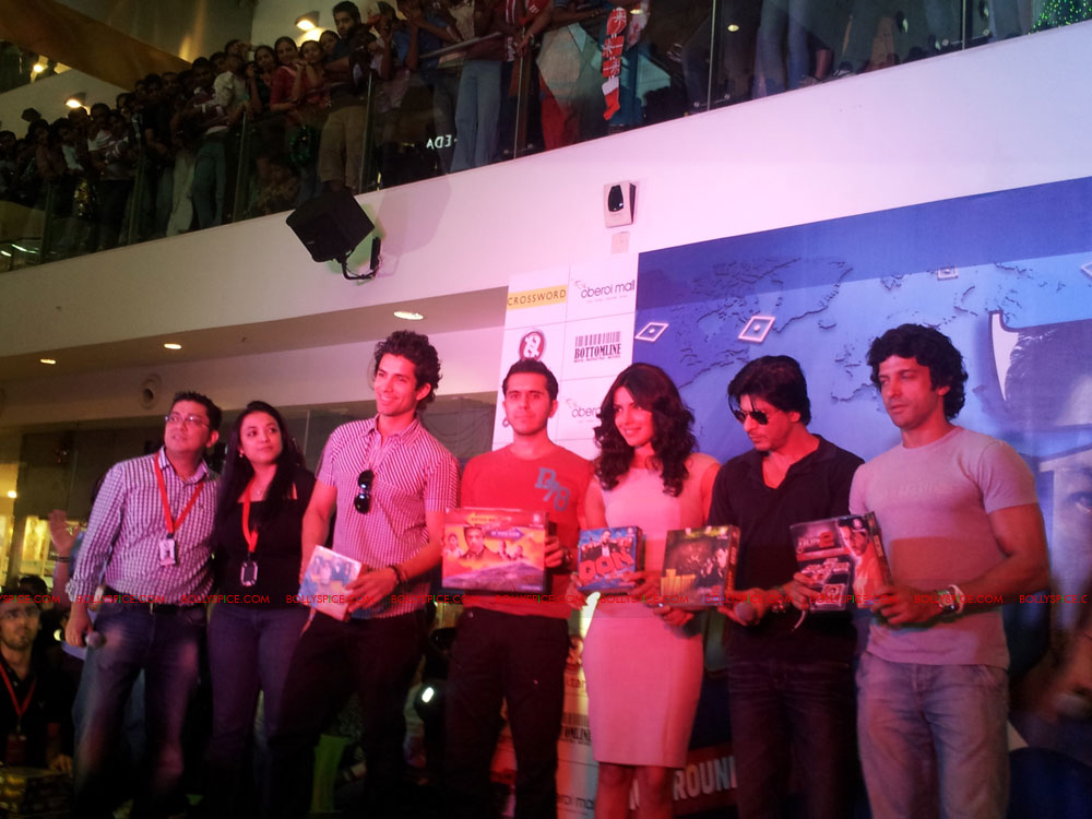 11dec don2 gamelaunch26 Shah Rukh Khan Launches the Cool Don 2 Board Game