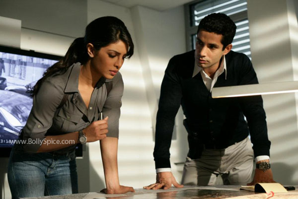 11dec don2stills26 A look in the world of Don 2
