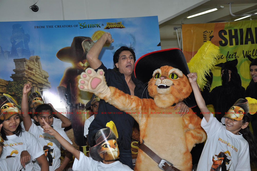 "11dec shaimak PIB08 ""I Think Puss is gorgeous!"": Shiamak Davar"