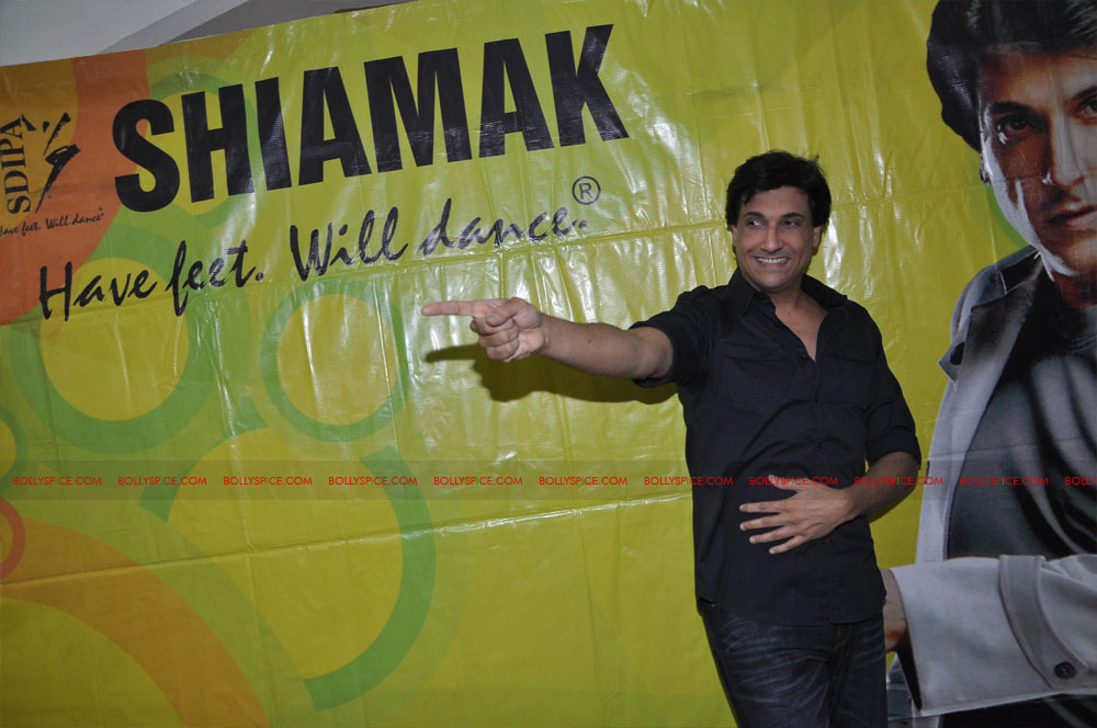 "11dec shaimak PIB15 ""I Think Puss is gorgeous!"": Shiamak Davar"