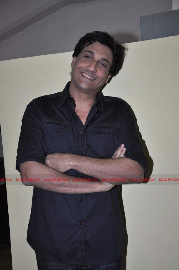 "11dec shaimak PIB16 ""I Think Puss is gorgeous!"": Shiamak Davar"