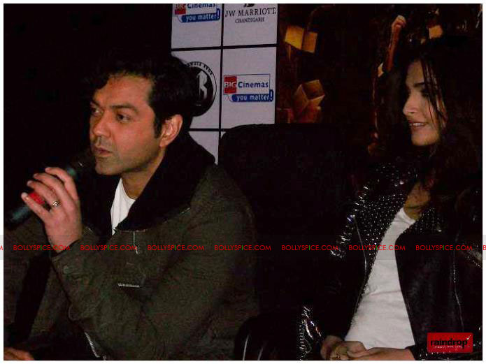 11dec sonam bobby03 Sonam Kapoor and Bobby Deol promote Players   Go for Gold in Chandighar