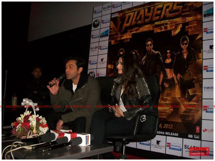 11dec sonam bobby04 Sonam Kapoor and Bobby Deol promote Players   Go for Gold in Chandighar