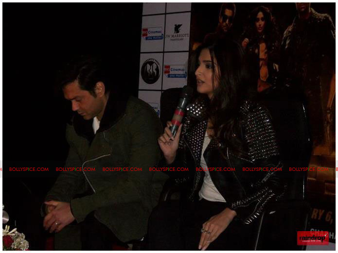 11dec sonam bobby07 Sonam Kapoor and Bobby Deol promote Players   Go for Gold in Chandighar