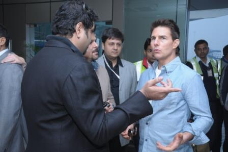 11dec tomcruisearrives05 You have to pinch me. I cant believe I am here   Tom Cruise