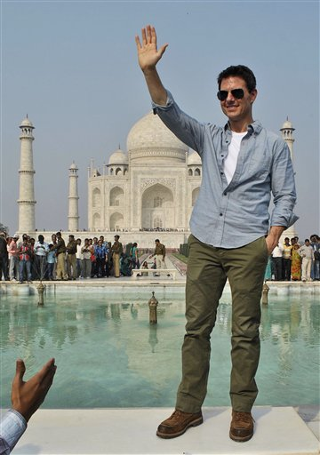 11dec tomcruisetajmahal11 You have to pinch me. I cant believe I am here   Tom Cruise