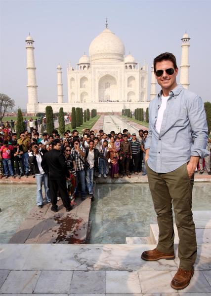 11dec tomcruisetajmahal13 You have to pinch me. I cant believe I am here   Tom Cruise