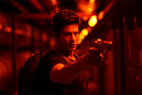 12dec don2preview 03 New Don 2 stills!