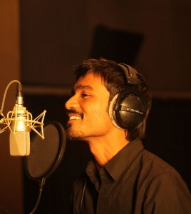 Dhanush2 268x300 The Kult of Kolaveri   Song hits 15 Million views in just 2 weeks!