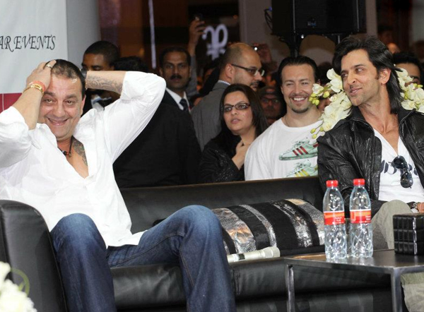 01jan agneepathdubai 02a Special Report: Hrithik and Sanjay promote Agneepath in Dubai