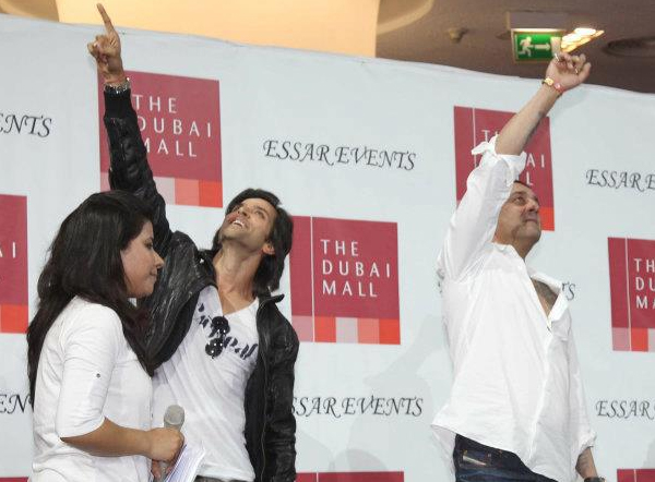 01jan agneepathdubai 04a Special Report: Hrithik and Sanjay promote Agneepath in Dubai