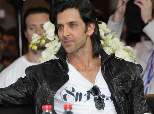 01jan agneepathdubai 05a Special Report: Hrithik and Sanjay promote Agneepath in Dubai