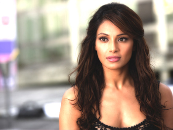 "01jan bipashainterview 03 Bipasha Basu: ""I was blown away when I heard the script for Players"""