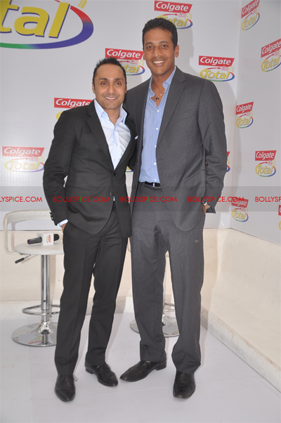 01jan colgate 02 Colgate Total Launches new TVCs featuring Mahesh and Rahul to be aired pan India