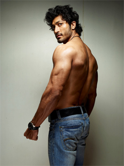 01jan hotbodies vidyut Hot Bodies in Bollywood!