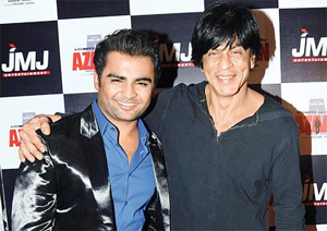 01jan sachinsrk Sachiin Kickstarts the New Year With King Khan!
